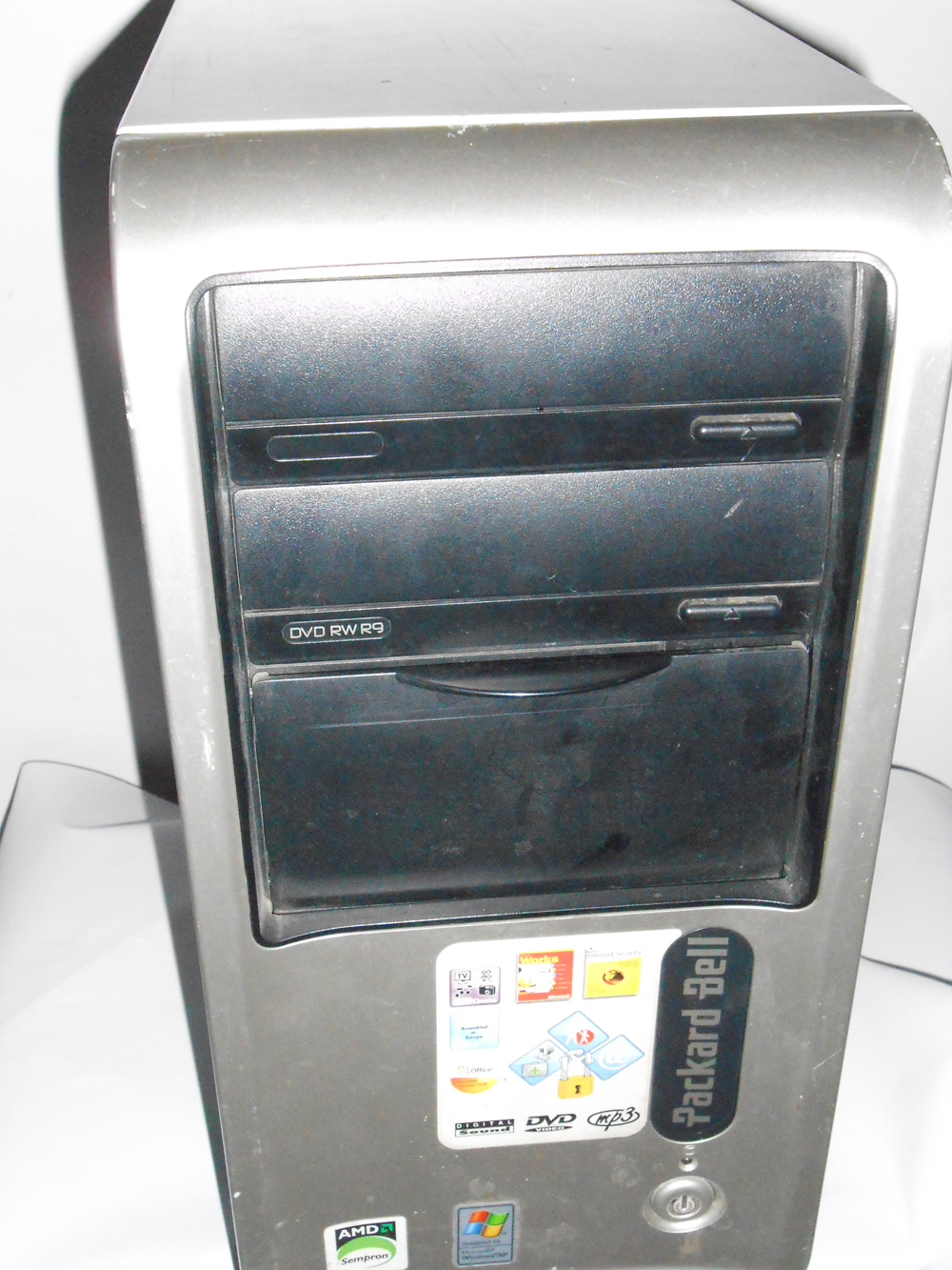 Vendo Desktop Packard Dell UTOW-QUA